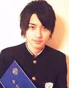 横浜流星 幼少期 高校 卒アル 画像 写真