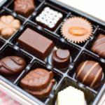 チョコレート 白い 正体 カビ 違い 画像