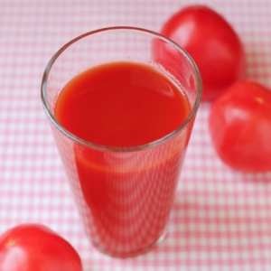 トマトジュースで太る人と太らない人の違いは?油断すると体重増加の原因に!