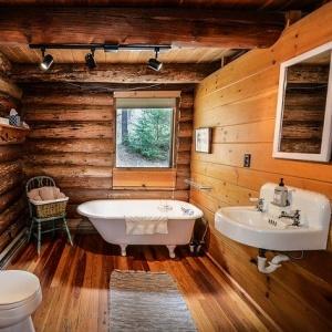 お風呂のふたの代わりはこれ!保温効果と掃除面からコスパで選んだ商品とは